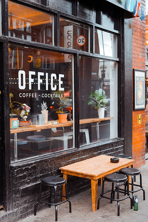 cafe store front toa-heftiba-yfaEuuackFw