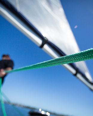 sailing-690289_960_720.jpg