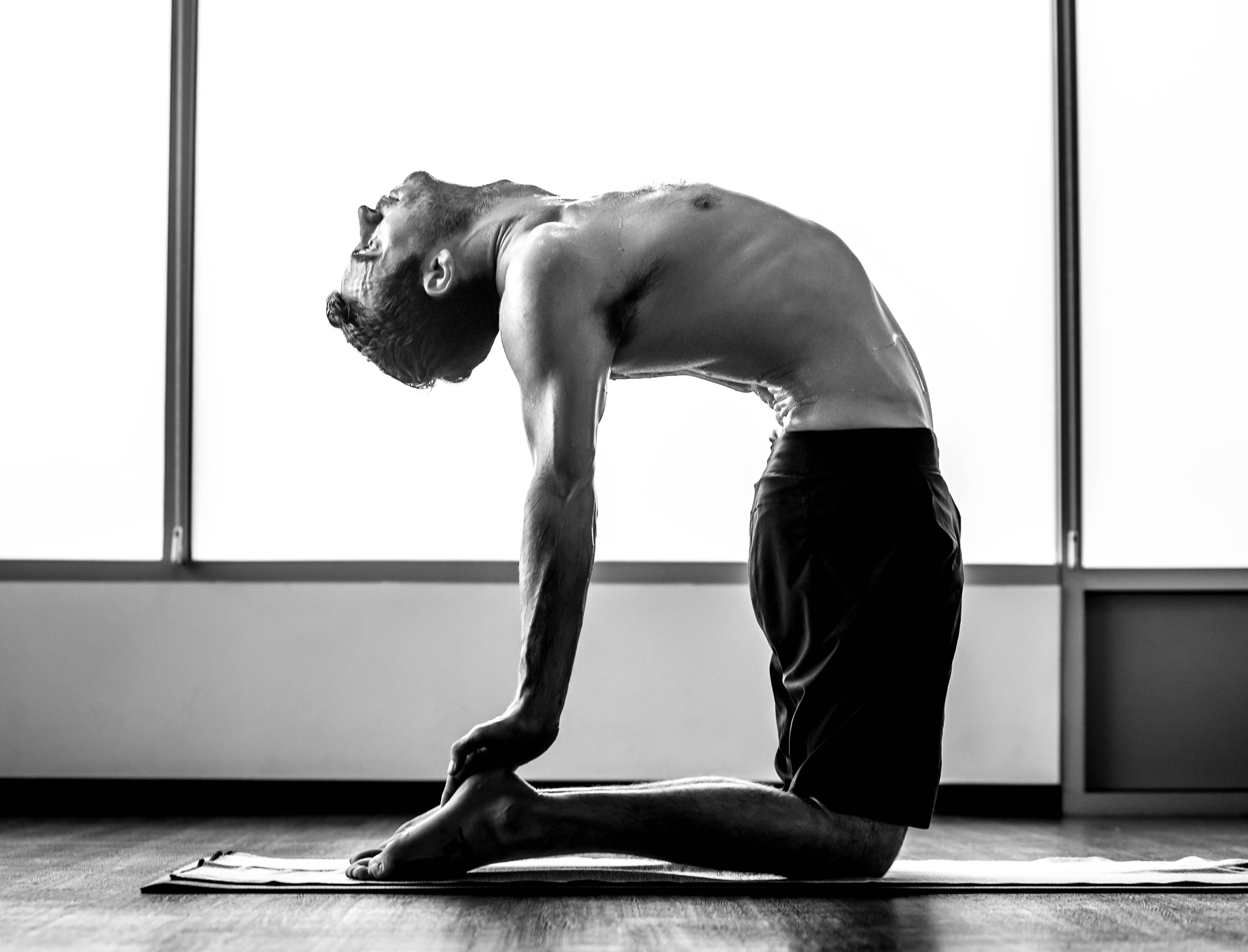 yoga fitness body alex roberts