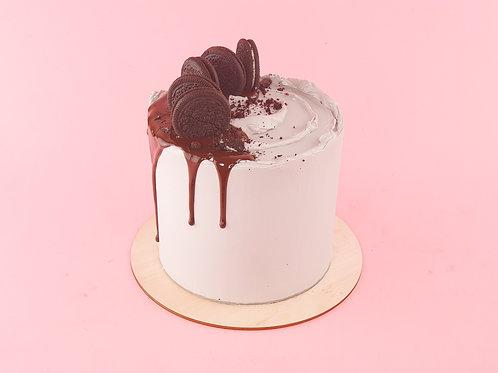Cookies & Cream Celebration Cake