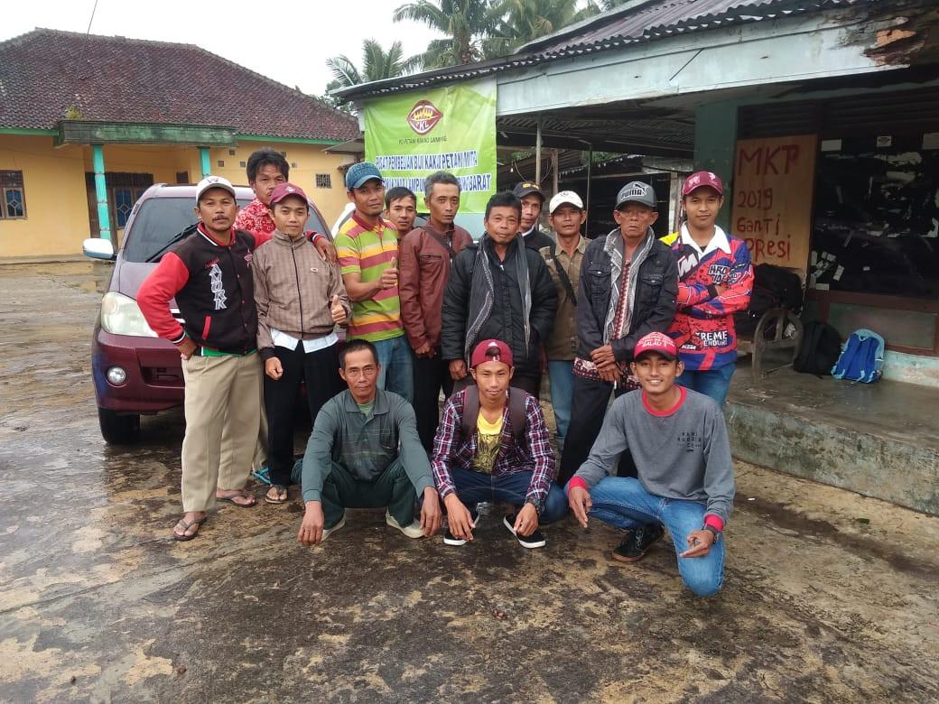 Petani Dampingan Desa di Suoh.jpeg