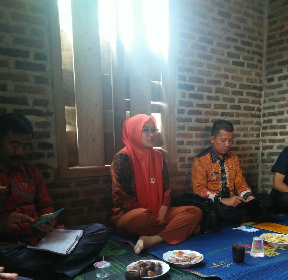 Pertemuan petani dengan KADIS Lmapung Ba