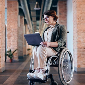Using Technology to Advance Your Career When You Live With a Disability