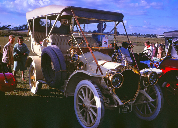 1907 Thomas Flyabout 3.jpg