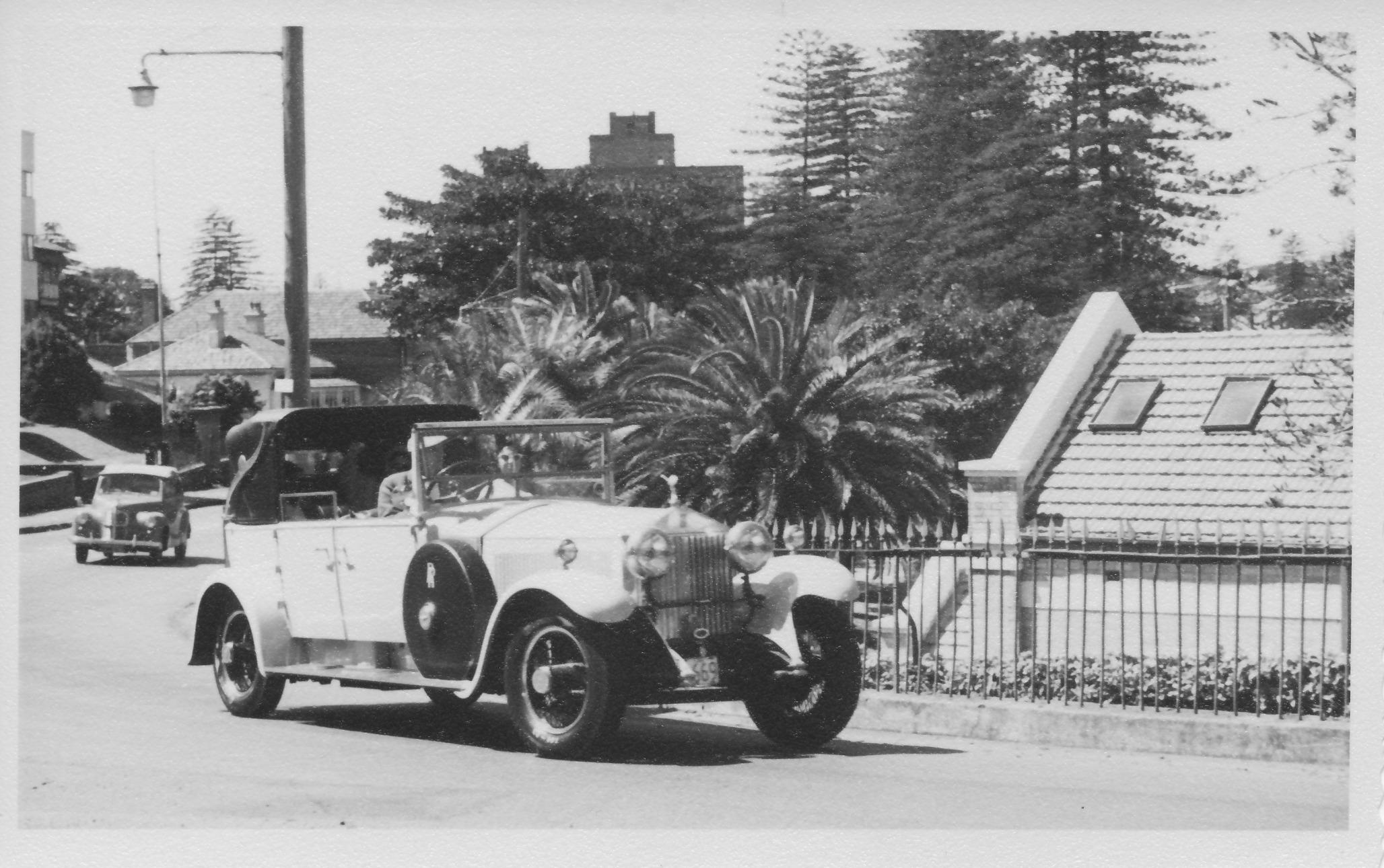Vintage Rolls Royce ?