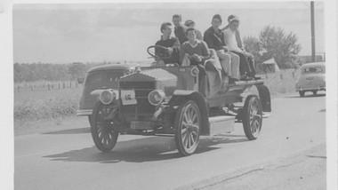 1910 Garford Fire Engine