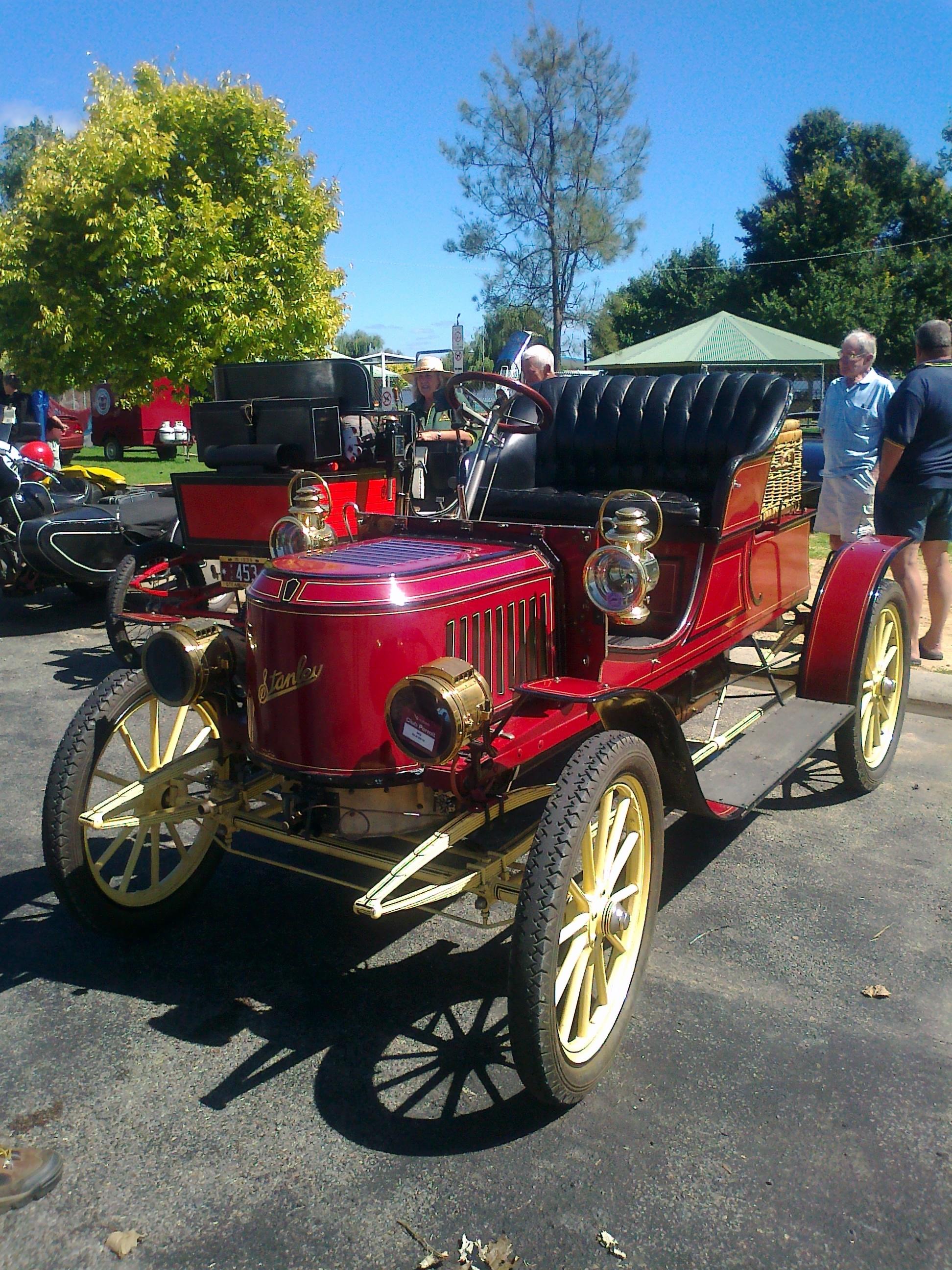 1910 Stanley Steamer