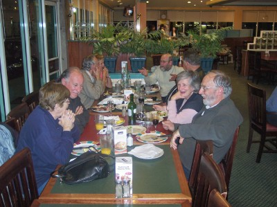 NSW MOB AT DINNER