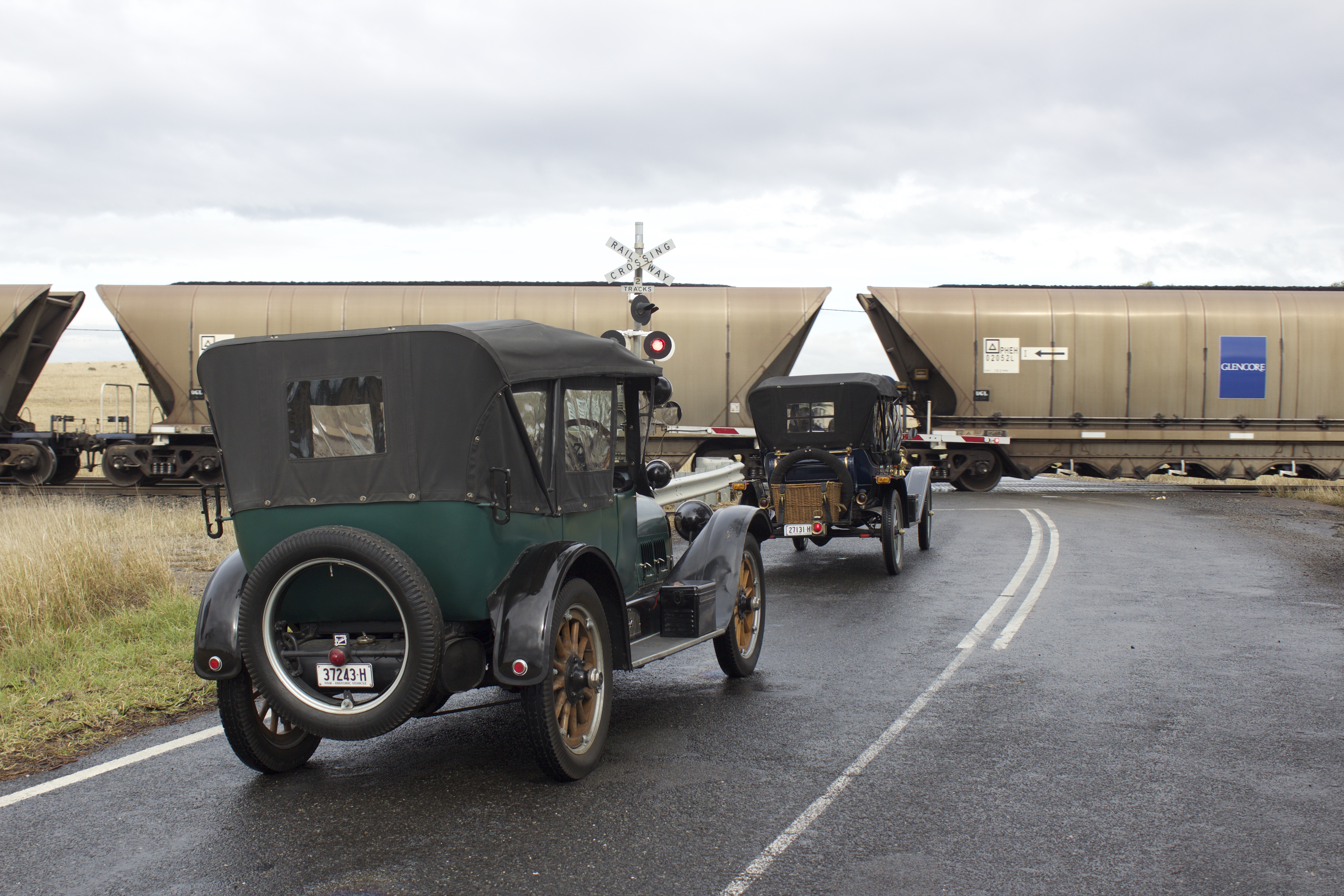 1916 Buick & 1912 Hupmobile