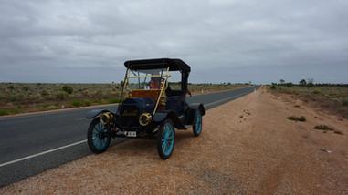 Across Australia P44 -P1090159.JPG