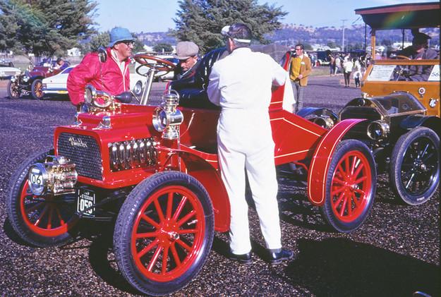 1904 Rambler.jpg