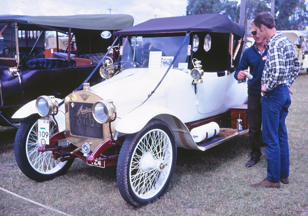 1910 Austin.jpg
