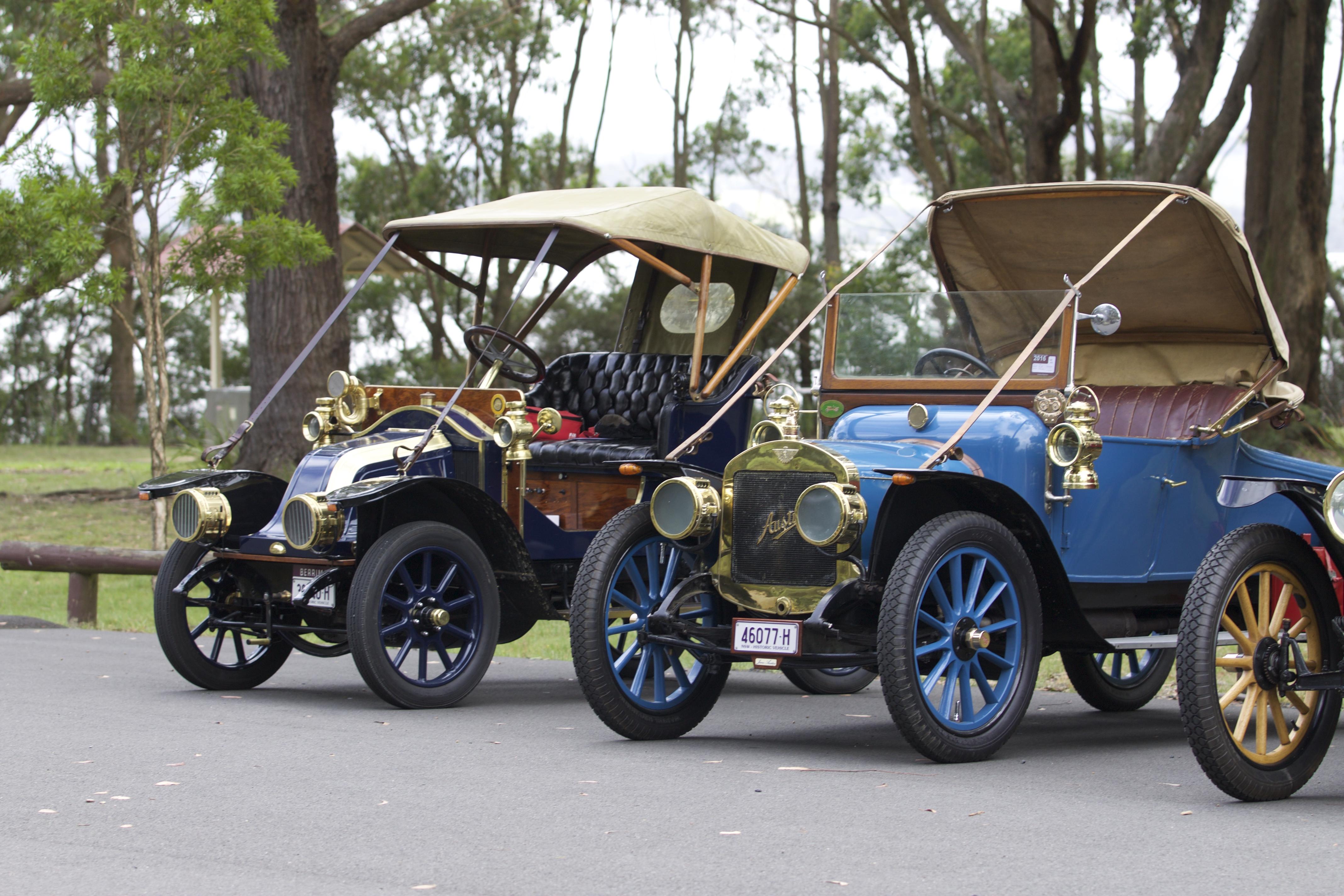 1908 Renault & 1912 Austin