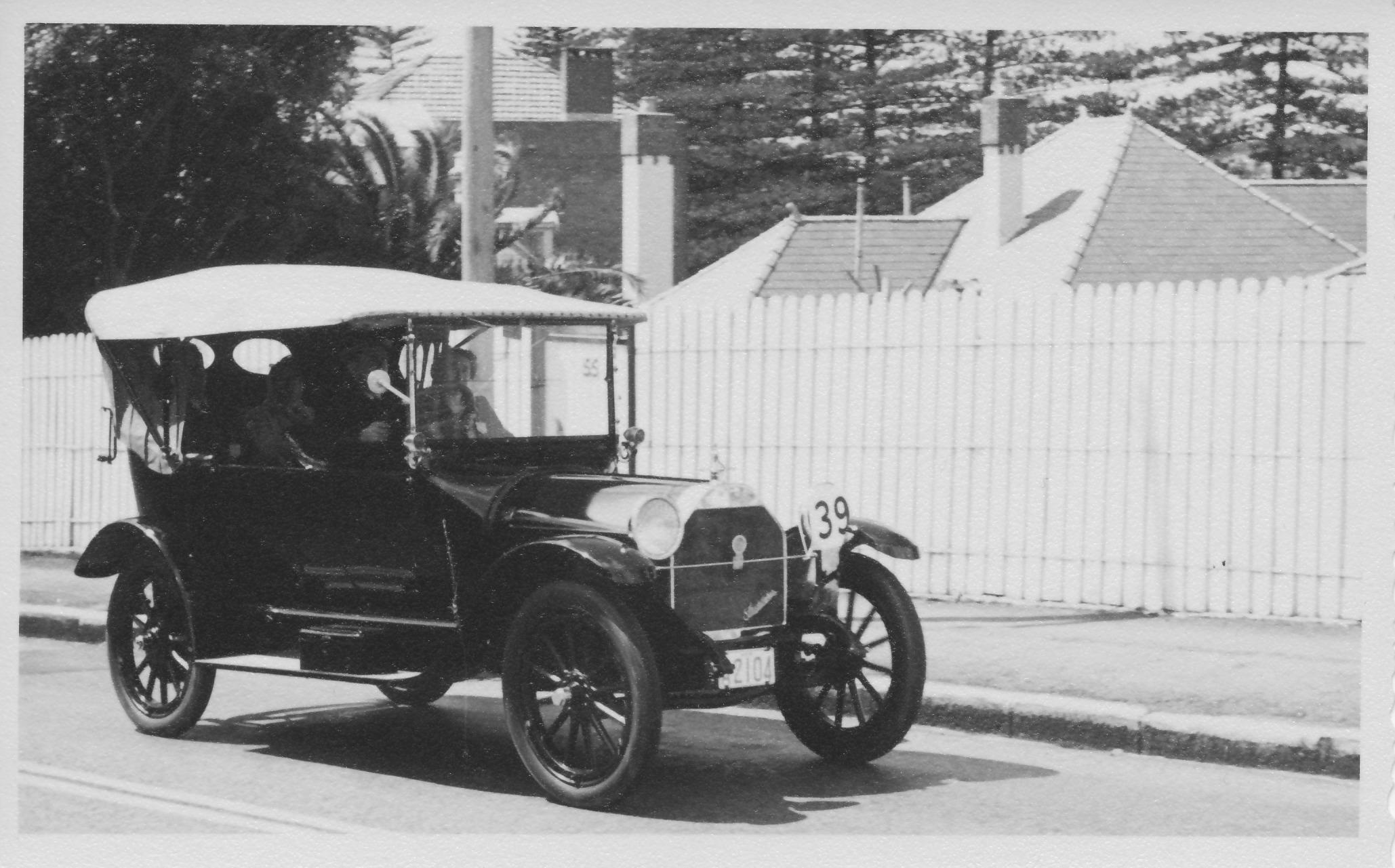 #39 1915 Studebaker