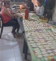Empanadas y pastelitos para todas y todos