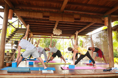 SELF EST yoga.jpg
