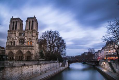 Back to Future, Paris