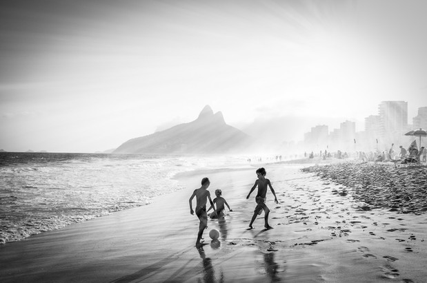 Children's game - Botafogo, Brazil