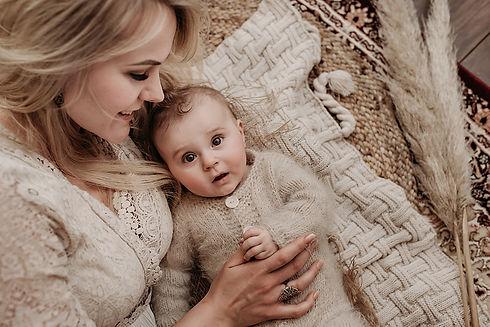 Chloe - BabySitter - 08 copy.jpg