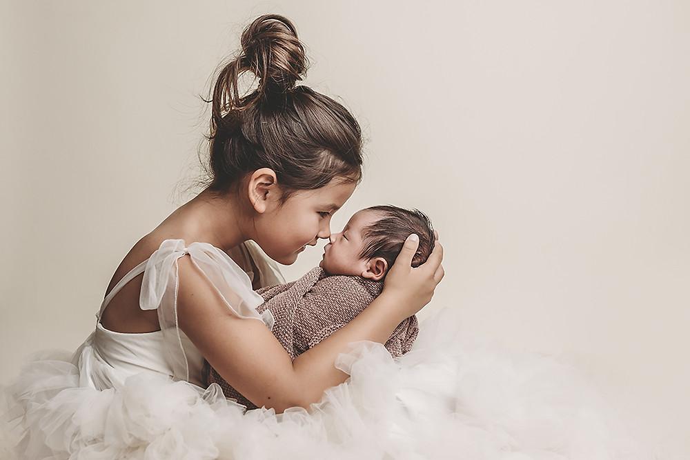 newbornshoot, babyshoot, newbornfotograaf, eskimokus, grotezus, rijen, tilburg, dongen, breda, oosterhout, raamsdonksveer, alphen, turnhout, belgie, brabant, pasgeboren, borstvoeding, zwangerschap