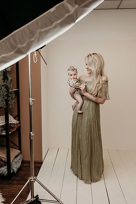 Chloe - BabySitter - 15 copy.jpg