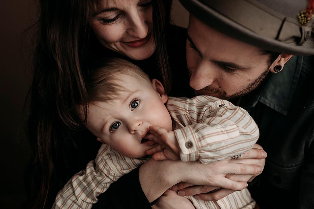 Sittersessie, bijna1jaar, fotoshoot, fotograaf Breda, Turnhout, Antwerpen, TIlburg