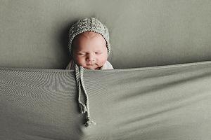 Newborn fotoshoot, Newbornshoot, Newbornfoto, Newbornfotograaf, Rijen, Breda, Tilburg, Dongen, Oosterhout, Eindhoven, Den Bosch, Roosendaal