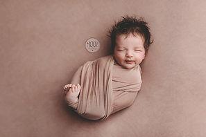 Newborn fotoshoot, newbornfotograaf Oosterhout, Breda, Rijen