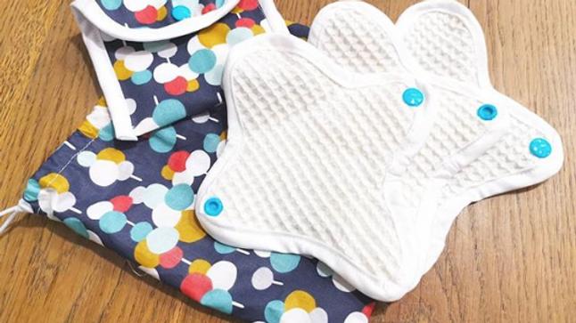 Lot de 3 serviettes hygiéniques - Flux normal + Etui