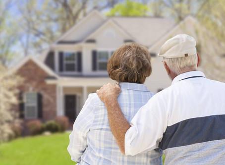 Годы не помеха: в России выдают ипотеку 82-летним заемщикам