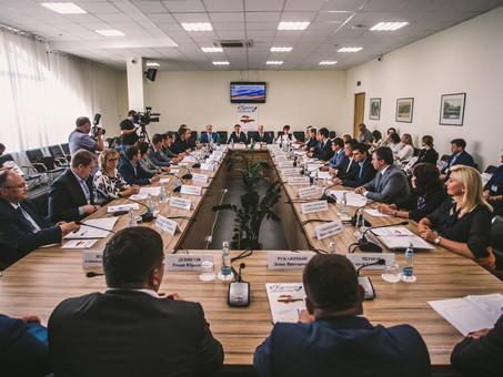 Цифровизацию органов государственного строительного надзора обсудили в Курске