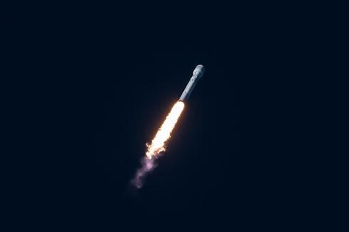 spacex-pnPS3Ox_2vE-unsplash.jpg