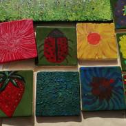 Teils wedi ei addurno/Decorated tiles
