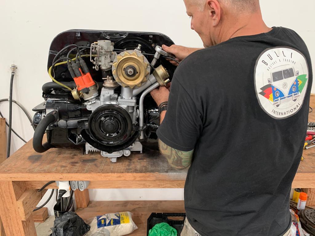 VW 1500 luftgekühlt Mechaniker