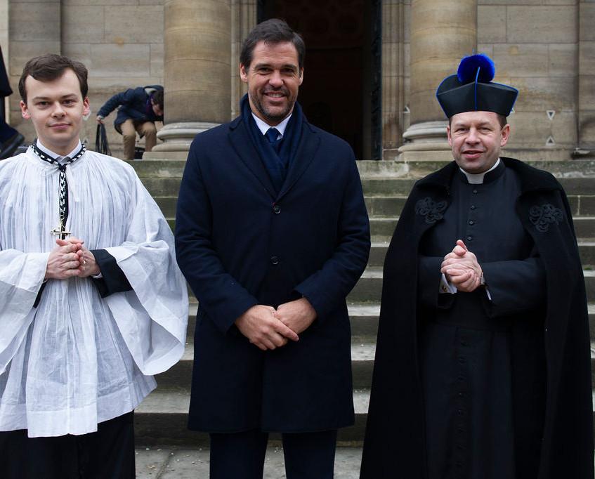 Monseigneur et l'abbé Laurent