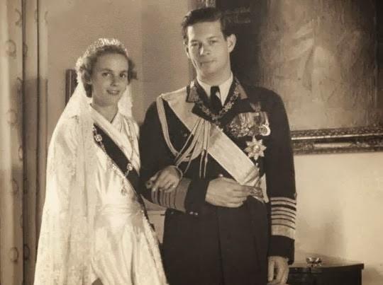Le 10 juin 1948, il épouse à Athènes, où son oncle, le Roi Paul Ier de Grèce l'a invité, la Princesse Anne de Bourbon, Princesse de Parme