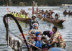 Dan Nanamkin - Canoes
