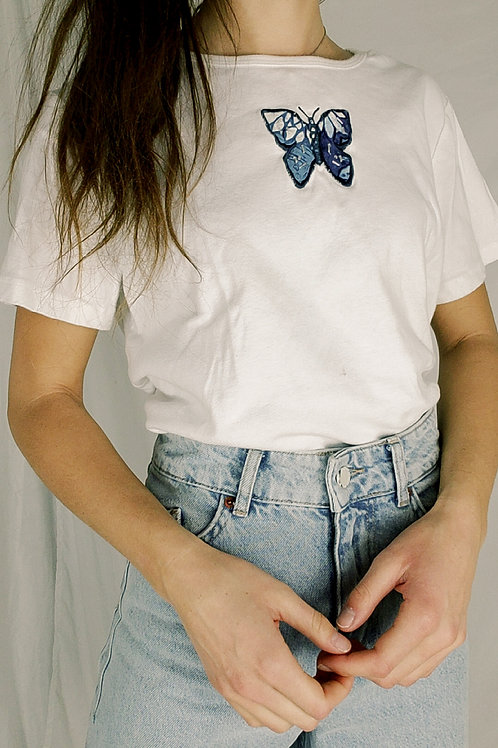 Vintage blue butterfly tee-Large