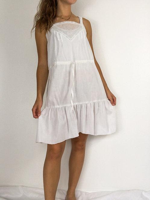 Vintage white pleaded dress-Large