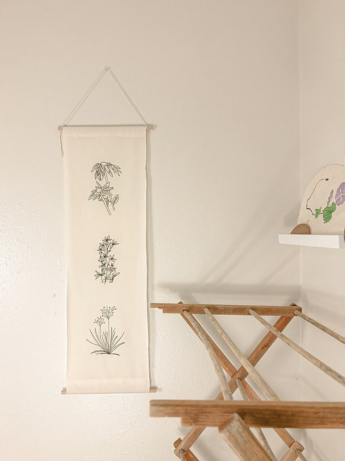 Minimal floral wall hang with hanger