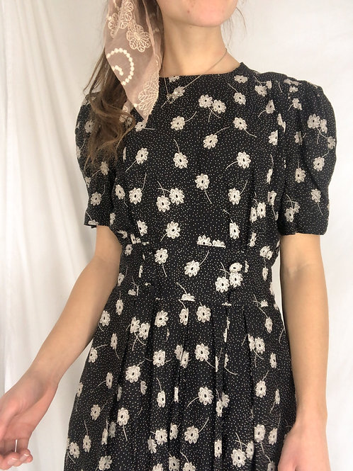 Vintage navy floral dress-small
