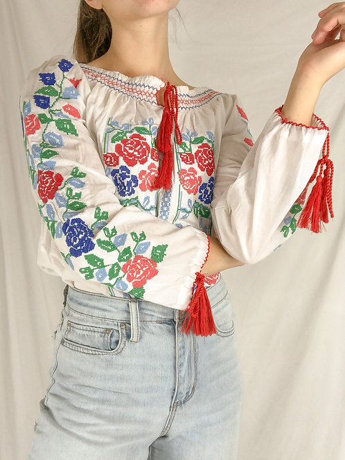 Embroidered long sleeve blouse-Large