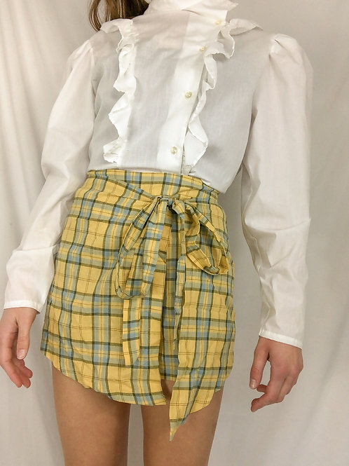 Plaid shorts with waist tie skirt-small