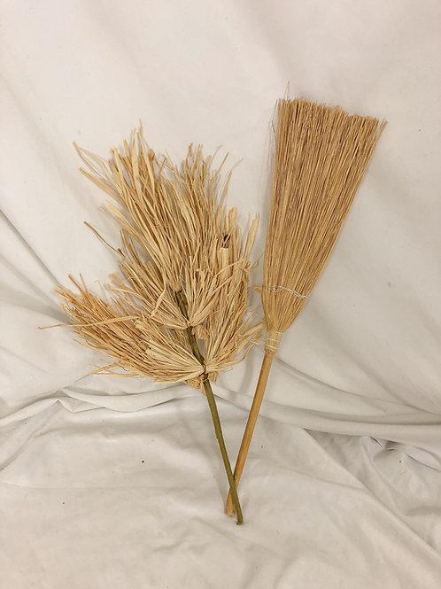 Raffia brooms-set of 2