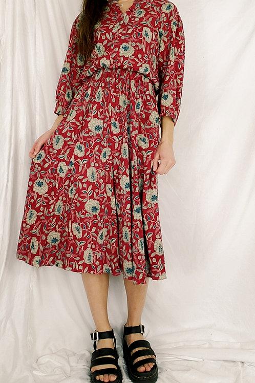 Vintahe red shirred waist dress-medium