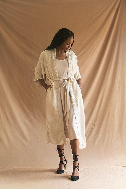 Amira Kimono