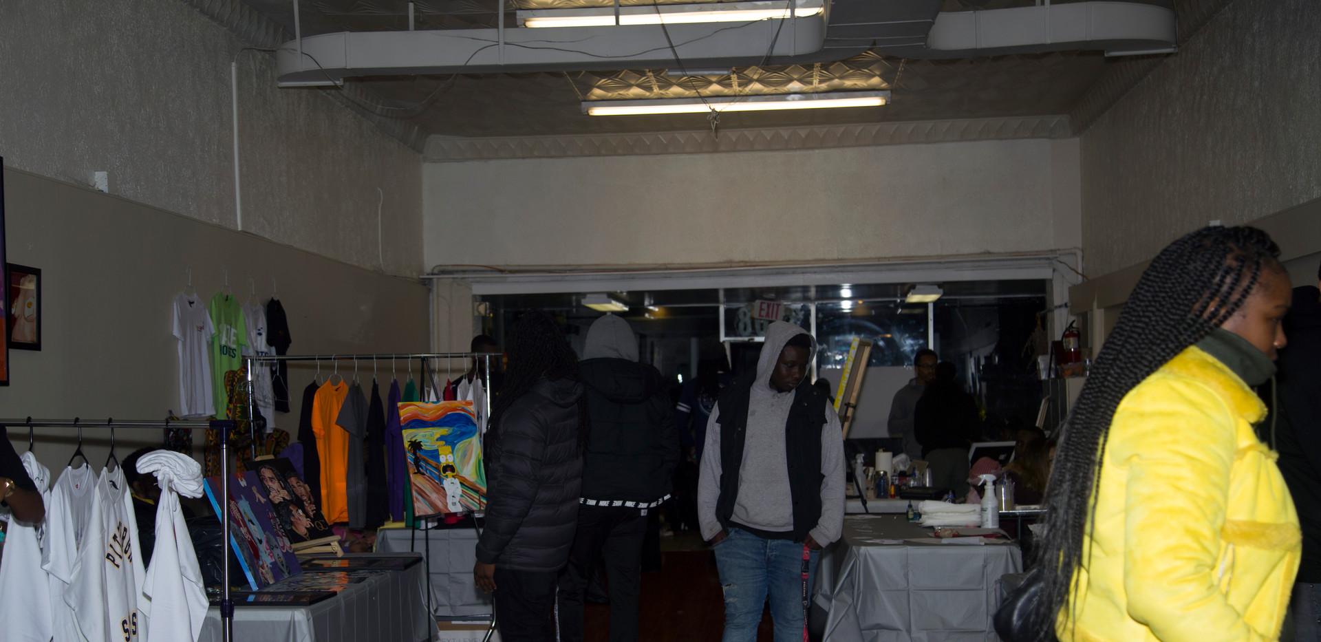 blackmarket-16.jpg