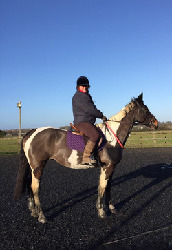 First time safely dismounting from 17hh Missy