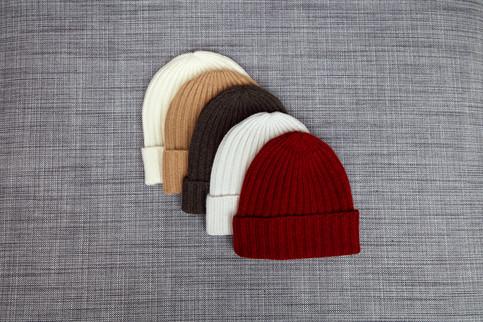 Soft rib cap