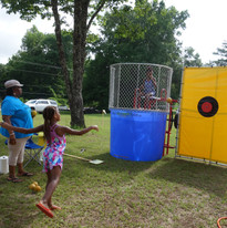 dunking booth 2.JPG